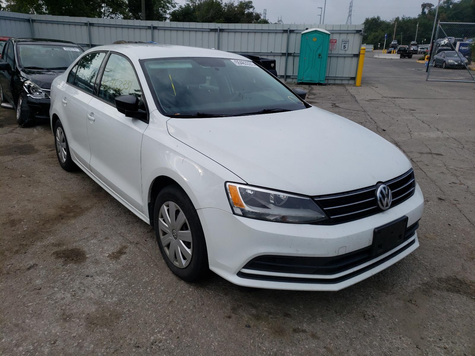 Volkswagen Jetta Base 2015